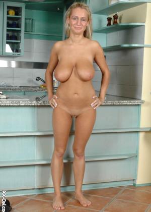 Hot white mom masturbating with black dildo